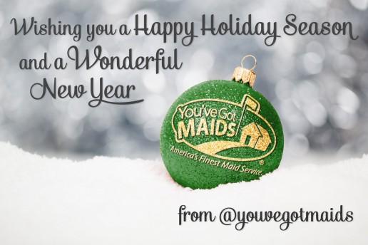 Happy-Holiday-Ball-Green-Gold-516x344.jpg