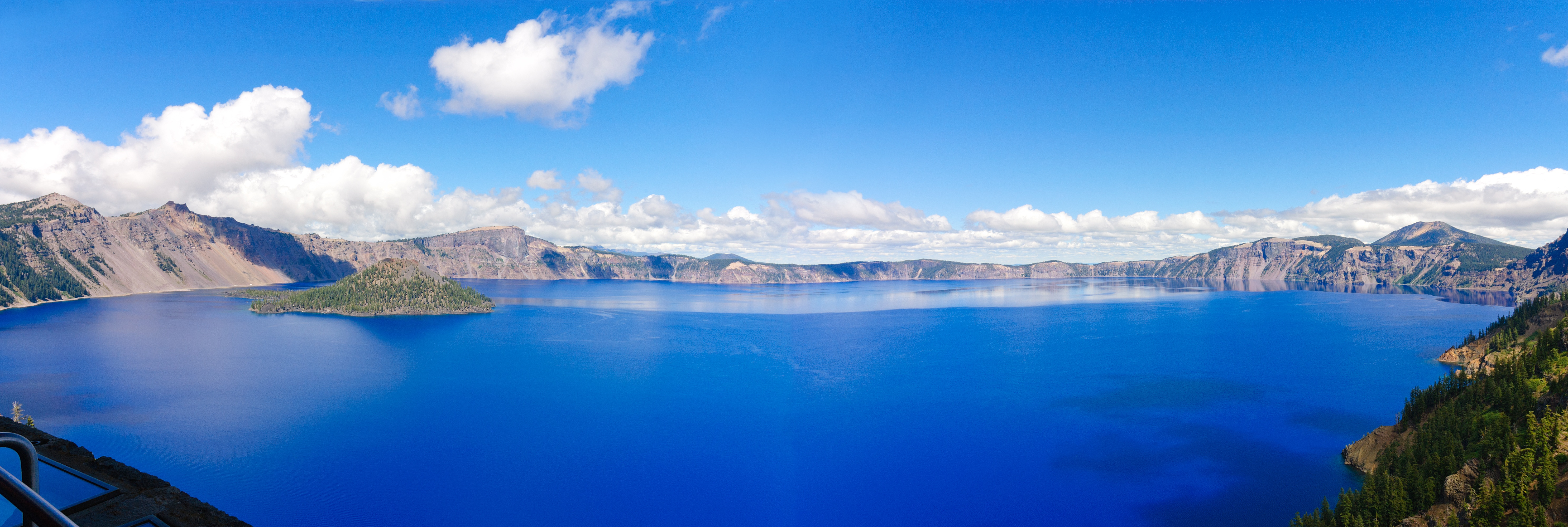 Visit-Oregon's-Crater-Lake-National-Park-while-You've-Got-MAIDS-Cleans-Your-Portland-Area-Home.jpg