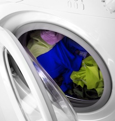 color-setting-clothes-in-laundry