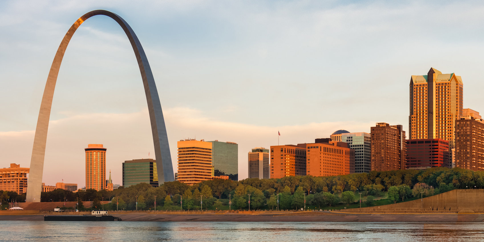 rsz_mo_st_louis_with_the_gateway_arch_and_eads_bridge_shutterstock_114638545-1.jpg